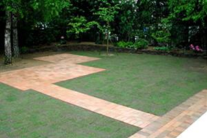 宮城・仙台の庭づくりなら泉伊藤造園   庭園・公園・緑地等の維持管理(メンテナンス)
