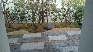 宮城・仙台の庭づくり泉伊藤造園   施工事例_アプローチ